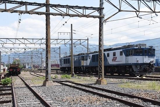 2020年5月24日撮影 南松本にて EF64-1035号機とチキ2両