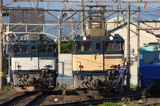 2020年5月30日撮影 南松本にてEF64-1043号機と1039号機