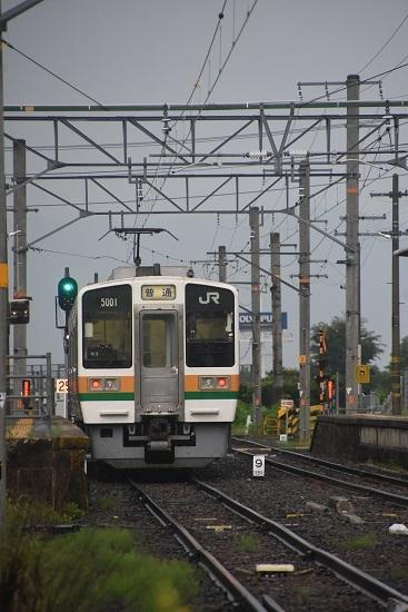 2020年8月2日撮影 飯田線は羽場駅にて222M 213系入線