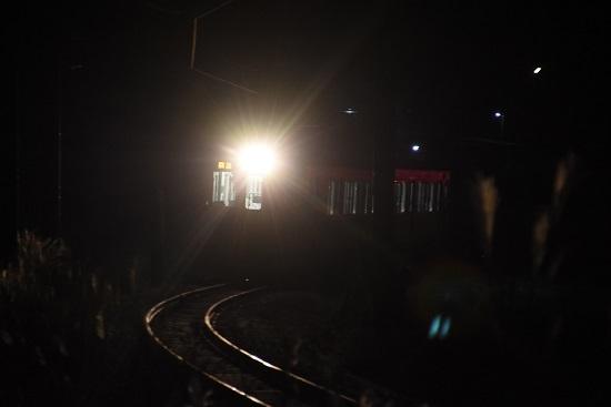 2020年12月13日撮影 辰野線は E127系による霜取り電車