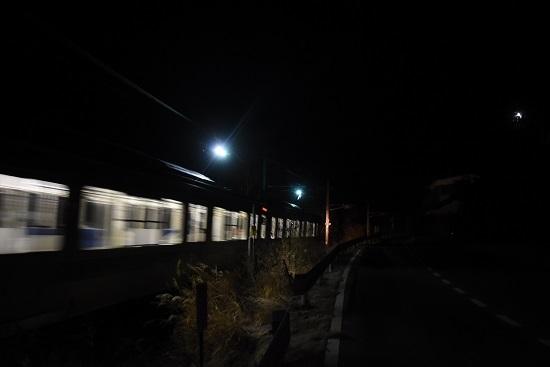 2020年12月13日撮影 辰野線はE127系による霜取り電車 パン2本上げ