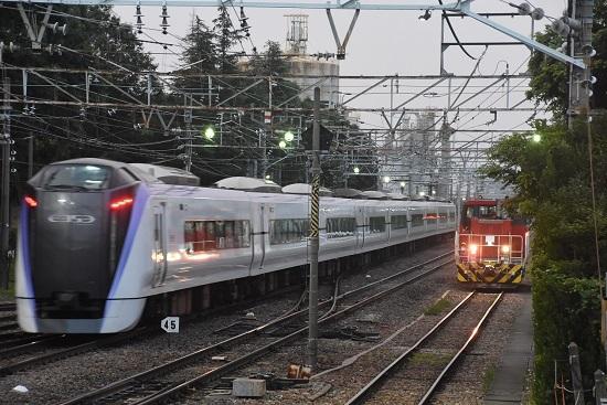 2020年8月8日撮影 南松本にて目覚めたHD300とE353の回送