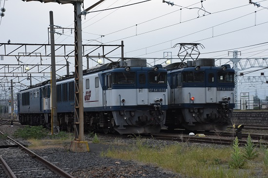 2020年6月6日撮影 南松本にて 篠ノ井貨物8467レ EF64-1003と1035号機