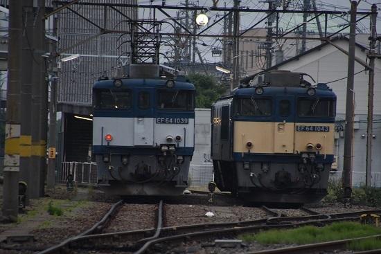 2020年6月6日撮影 南松本にて 篠ノ井貨物8467レ EF64-1039と1043号機