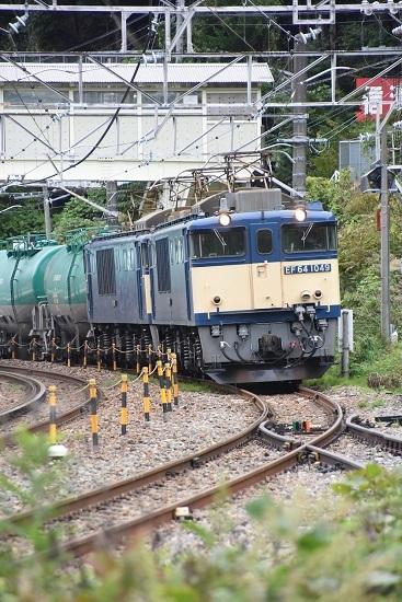 2020年9月26日撮影 西線貨物8084レ EF64-1049号機先頭 木曽平沢駅発車