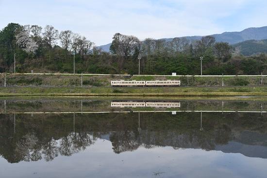 2020年5月3日撮影 飯田線202M 213系水鏡