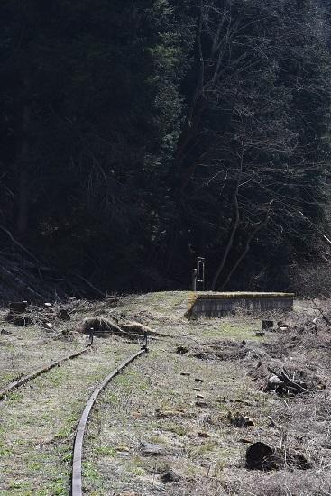 2020年4月4日撮影 旧東塩尻駅ホーム