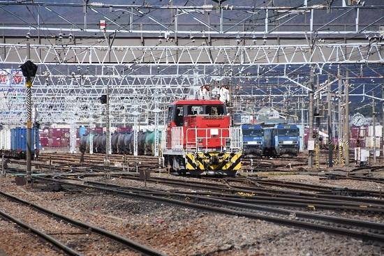 2020年4月5日撮影 東線貨物2083レを迎えに行くHD300-10号機