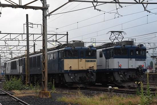 2020年6月20日撮影 南松本にて EF64-1003と1044号機の並び