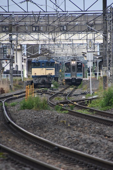 2020年6月20日撮影 明科駅にて篠ノ井線8467レ EF64-1036号機とE127系