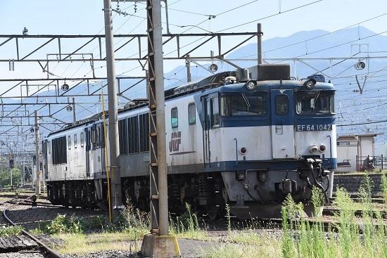 2020年8月8日撮影 南松本にて お休み中のEF64-1042号機