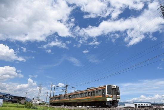 2020年8月10日撮影 飯田線 221M 213系を後撃ち