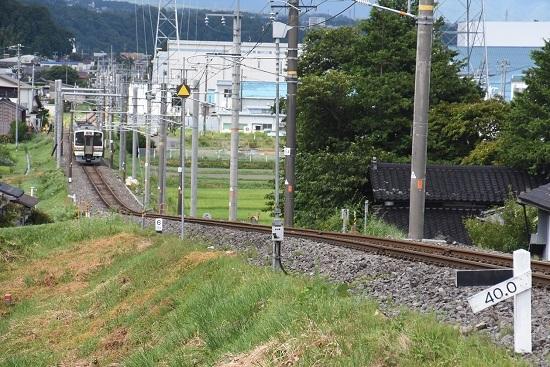 2020年8月10日撮影 飯田線 223M 213系を40‰を駆け下りた後