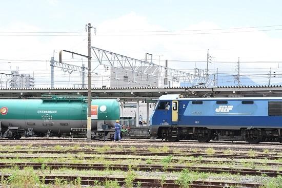 2020年6月20日撮影 篠ノ井駅にて 坂城貨物5774レ 機回し 旗振り誘導