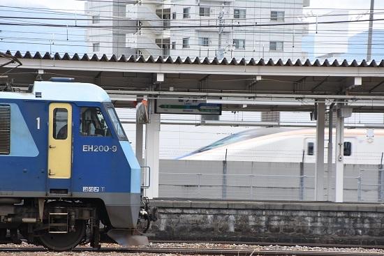 2020年6月20日撮影 篠ノ井駅にてEH200とE7系