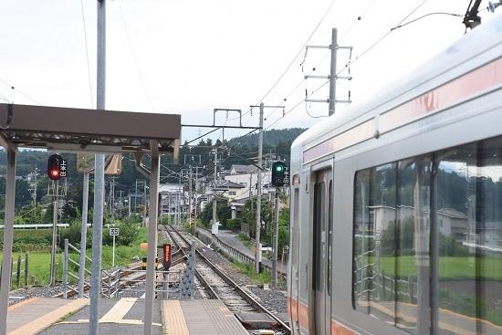 2020年8月8日撮影 飯田線は伊那新町駅にて313系1700番台回送折り返し 青信号