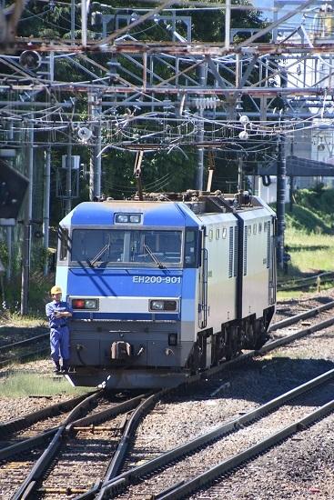 2020年8月11日撮影 南松本にて東線貨物2080レ EH200-901号機 機回し