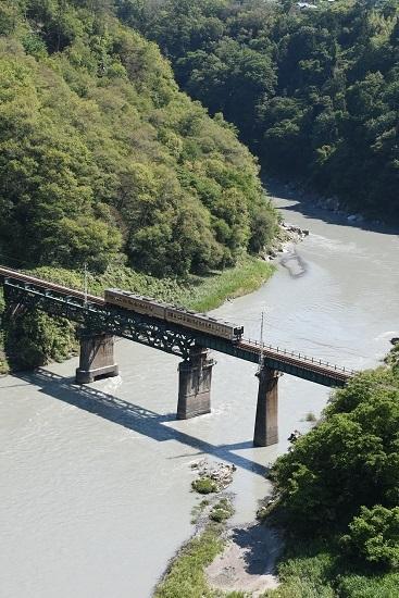 2020年6月21日撮影 天竜峡大橋「そらさんぽ天竜峡」より 1504M 213系
