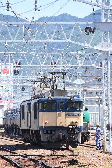 2020年8月11日撮影 南松本にて 西線貨物8084レの機回し前にメモ読み上げ