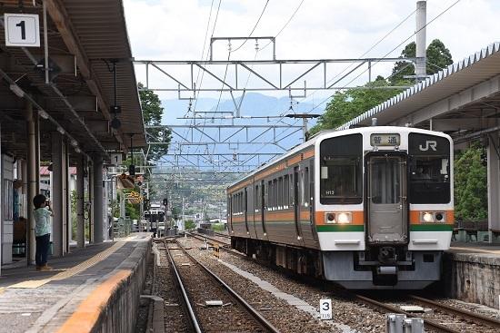 2020年6月21日 飯田線 天竜峡駅に入線する213系