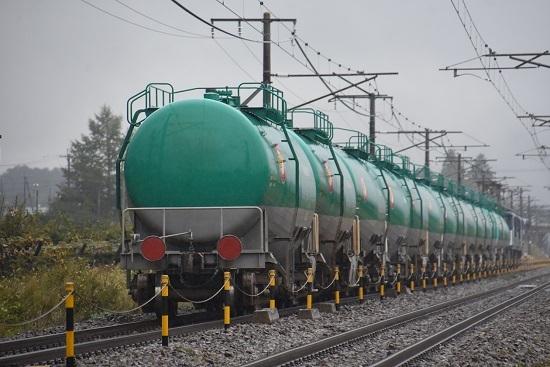2020年10月17日撮影 西線貨物8084レ 緑タキのお尻
