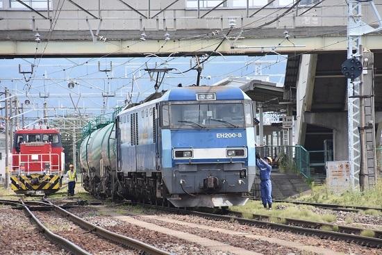 2020年8月13日撮影 南松本にて東線貨物2083レ 機回し無線機返却