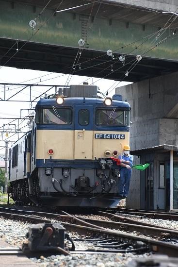 2020年6月27日撮影 篠ノ井線8467レ 篠ノ井派出所 誘導員