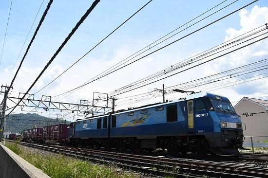 2020年5月30日撮影 東線貨物2083レ 塩尻駅を通過するEH200-13号機