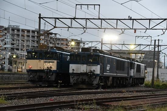 2020年9月19日撮影 南松本にて篠ノ井線8467レとEF64-1046号機