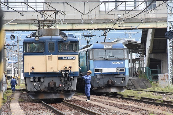 2020年8月13日撮影 南松本にて 西線貨物8084レ 機回し 無線機返却