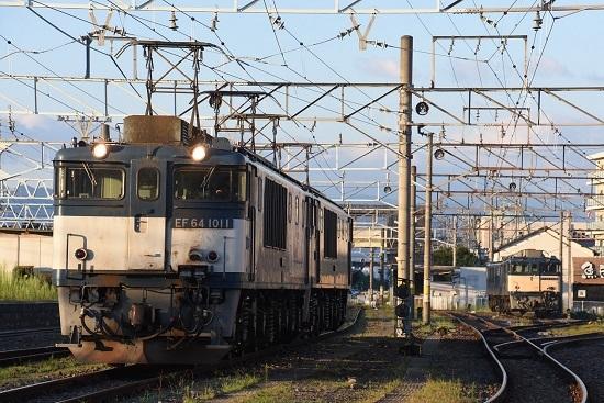 2020年8月15日撮影 篠ノ井線8467レ 南松本にて 朝陽を浴びて