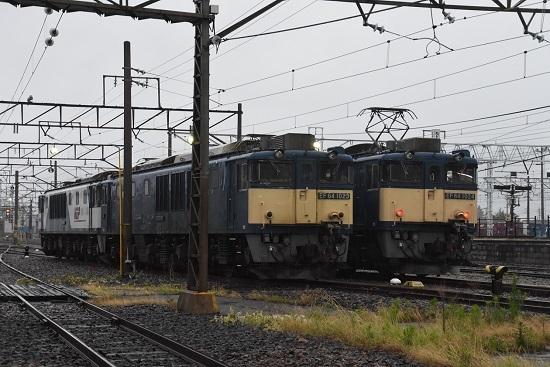 2020年7月4日撮影 南松本にて篠ノ井線8467レ EF64-1024号機と1023号機の並び