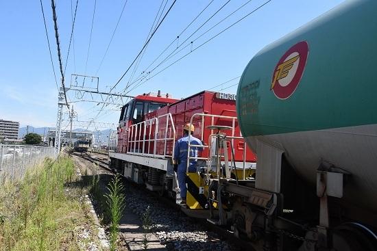 2020年8月15日撮影 南松本にて 西線貨物8084レ 機回し HD300緑タキ