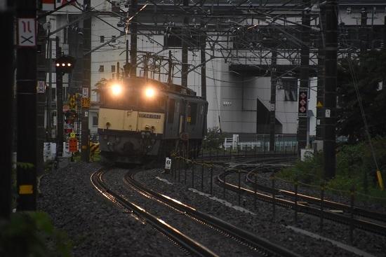 2020年7月4日撮影 篠ノ井線8467レ 松本市内にて カーブをして来るシーン
