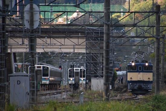2020年10月25日撮影 坂北駅にて211系の交換とEF64-37号機カシオペア