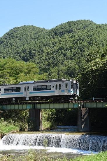 2020年8月23日撮影 辰野線 156M E127系 横川川の鉄橋