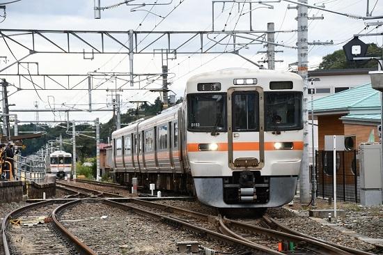2020年9月26日撮影 飯田線 沢渡駅 313系1700番台 B153編成 発車