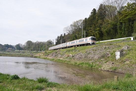 2020年5月3日撮影 飯田線211M 313系1700番台 水鏡狙い