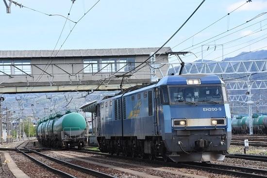 2020年5月4日撮影 南松本 東線貨物2080レ機回し 緑タキと連結