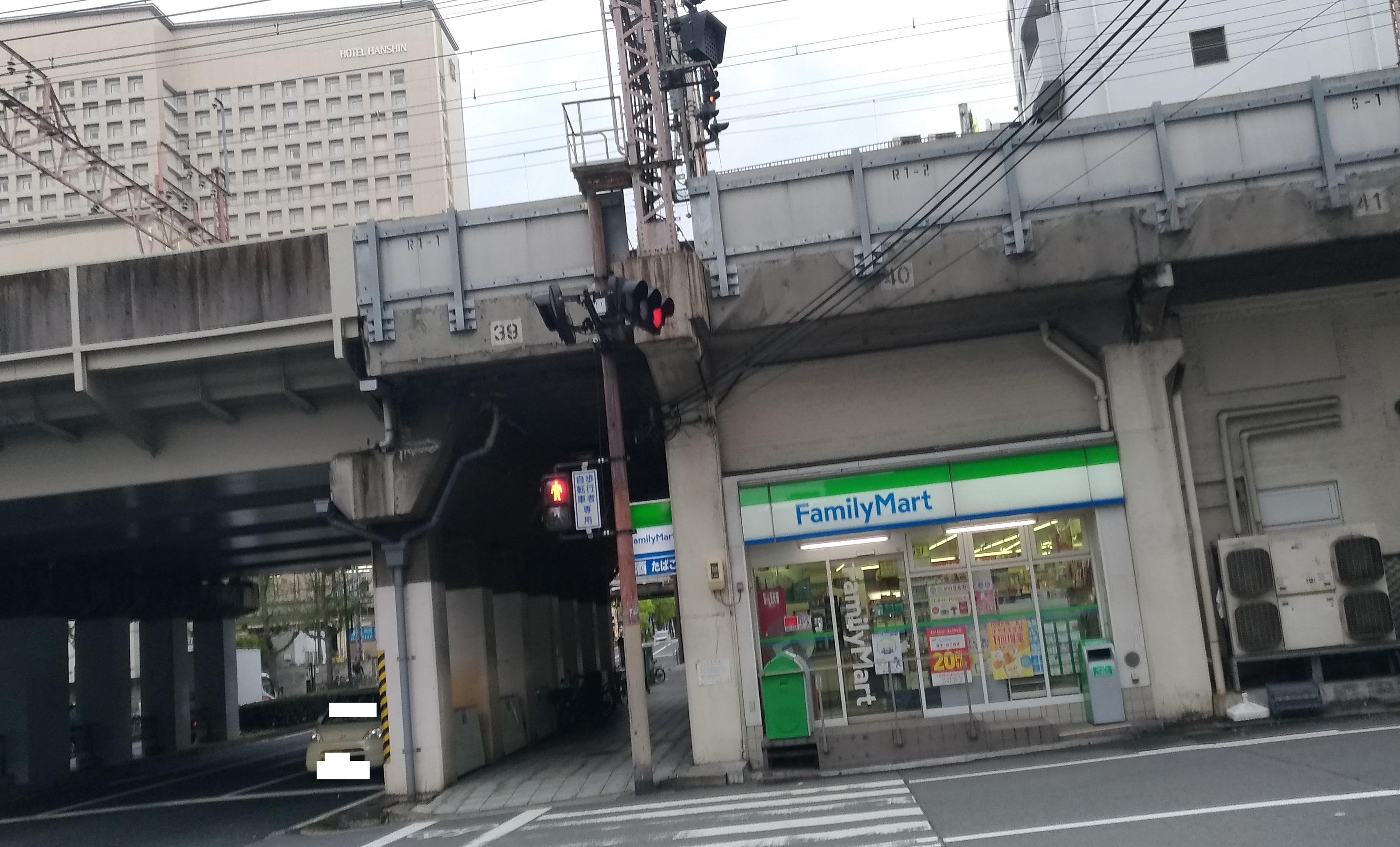 famima_close_osaka_fukushima_5.jpg