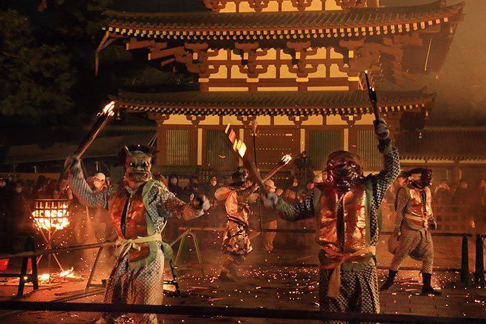 薬師寺 花会式 神供と鬼追い式4