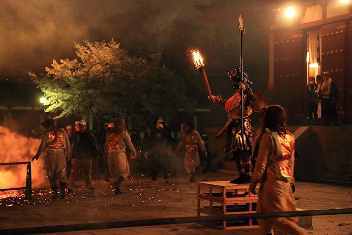 薬師寺 花会式 神供と鬼追い式5