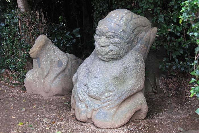 飛鳥 猿石1