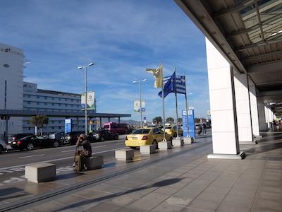 スペイン中東477アテネ空港