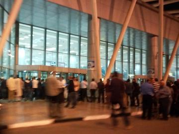 スペイン中東485カイロ空港