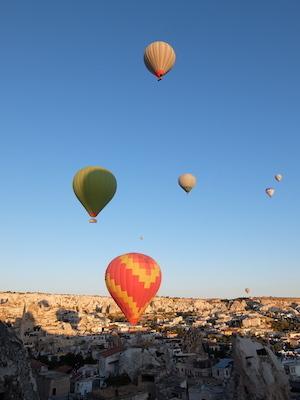 トルコ_中欧041アリフケーブホテル気球
