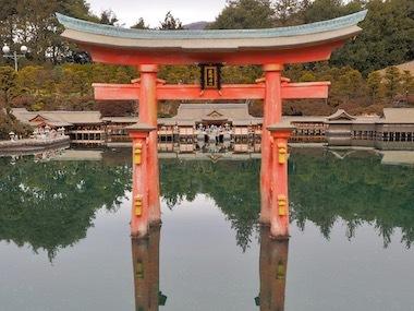 16厳島神社
