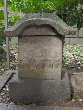 3本社宮の庚申塔