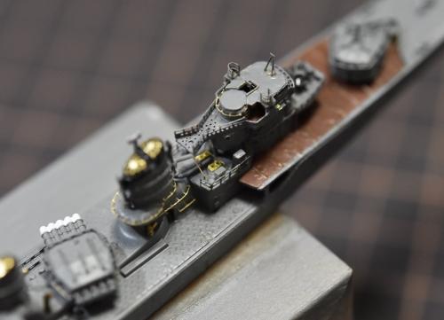 駆逐艦 『島風』 艦橋後部付近製作中 EW-8izbVcAAqnGv◆模型製作工房 聖蹟