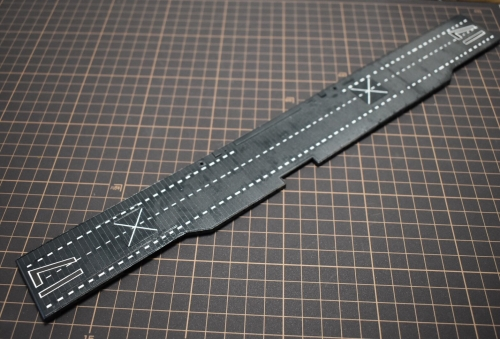 米航空母艦 『バンカーヒル』 甲板製作Edh8cK1VcAE7i-o◆模型製作工房 聖蹟